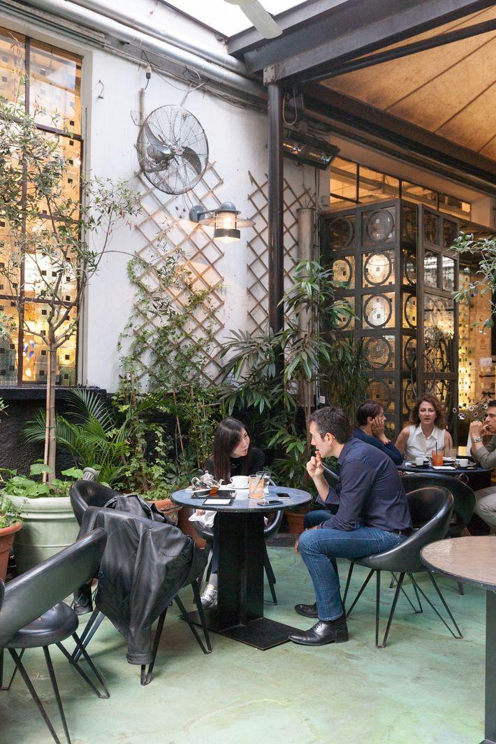 10 Corso Como Café.