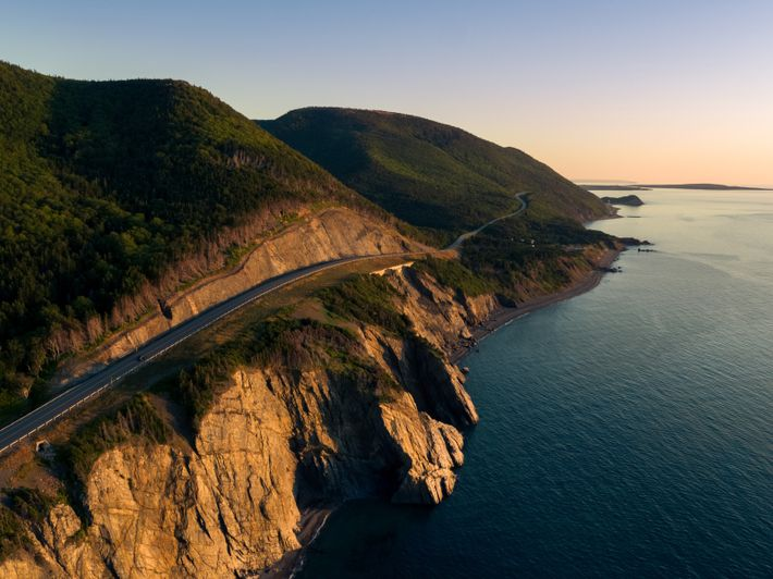 The Cabot Trailhighway runsthrough the Cape Breton Highlands National Park.