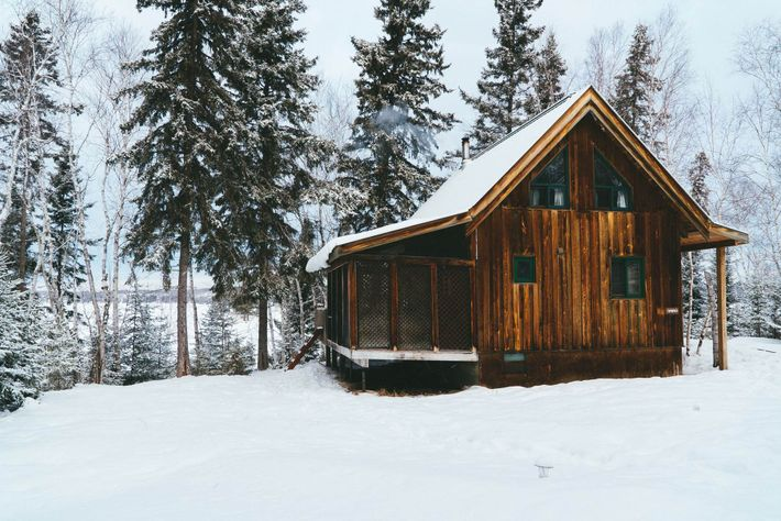 Set in the Whiteshell Provincial Park, Falcon Trails Resort is a rustic-chic, all-season resort with cabins ...