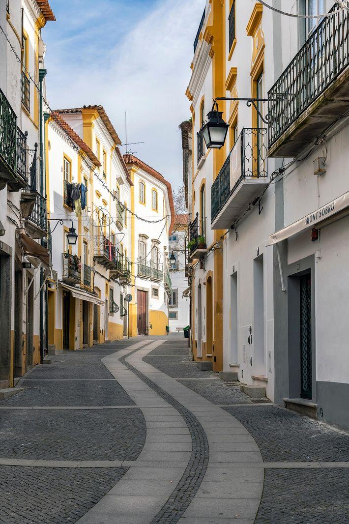 The old town in Évora, Alentejo.
