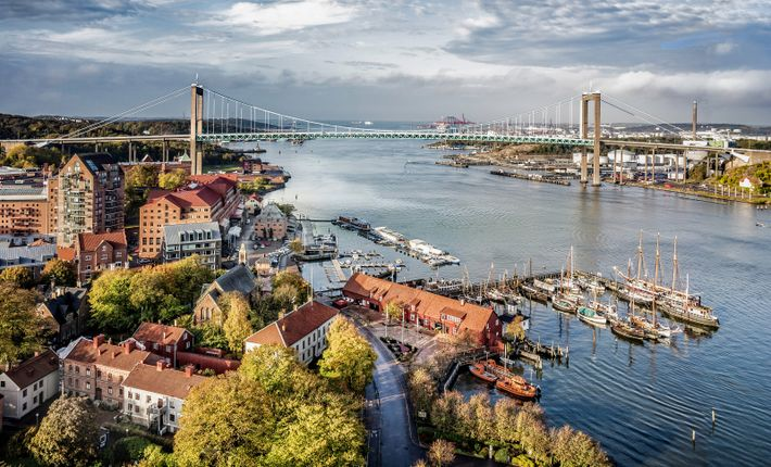 Älvsborg Bridge. Gothenburg, Sweden's second city, is situated on the country's west coast.