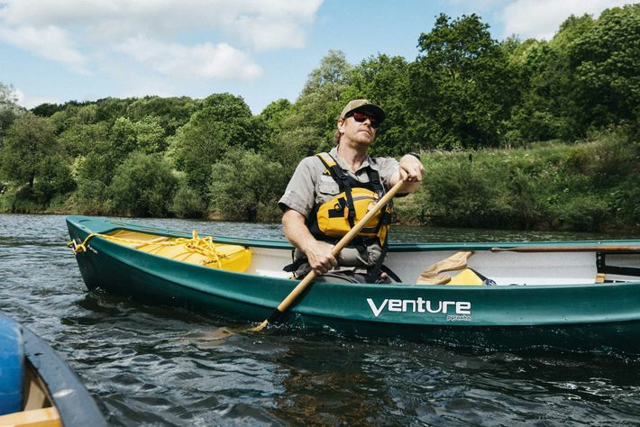 Stuart Wyley of Wye Canoes on the River Wye.