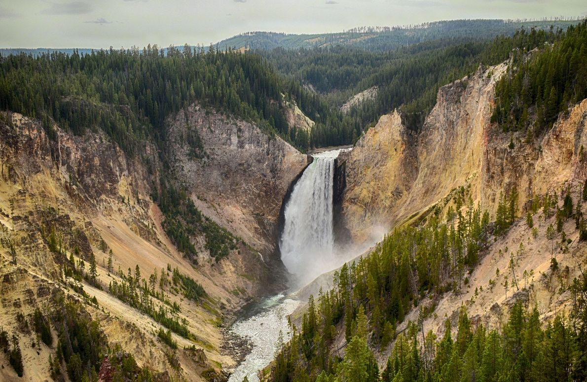 """One of my favourite parks,"" says photographer Gosha L. The Yellowstone River flows through two major ..."