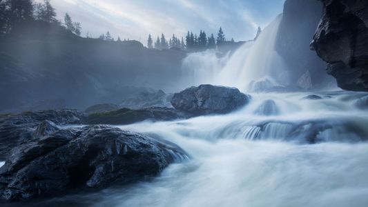 Waterfalls can form in a surprising way. Here's how.