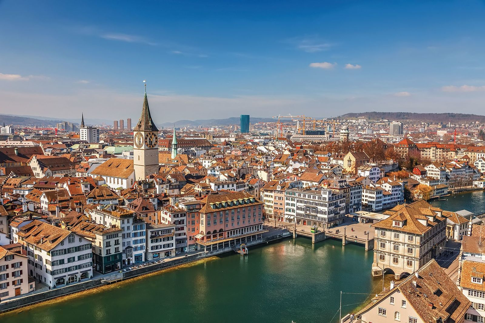 Lindt & Sprüngli chocolate has been produced on the banks of Lake Zurich since 1899.